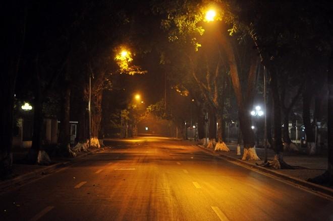 Cái tĩnh lặng của đêm Hà Nội