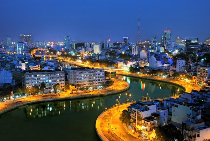 Hà Nội là thủ đô và cũng là thành phố lớn nhất của Việt Nam