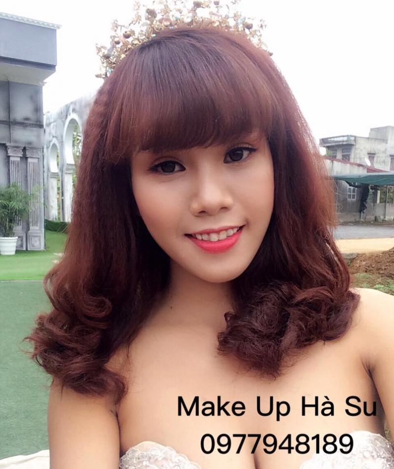Hà Su Make Up (VIP Studio)