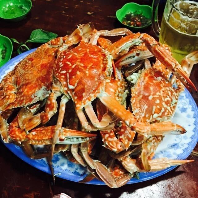 Hải sản tươi sống ở Nha Trang rất là ngon.