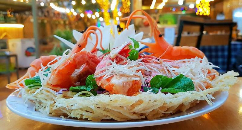 Hải Sản 5 Cua – Nguyễn Chí Thanh