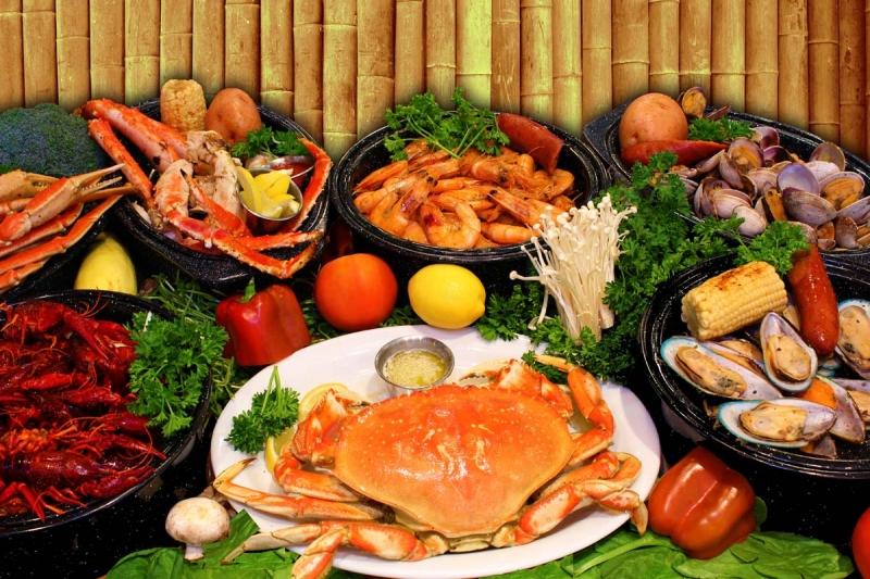 Những set hải sản đầy ắp như này luôn là sự lựa chọn của mỗi thực khách