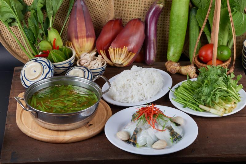 Hải sản Gành Hào (Ganh Hao Restaurant )