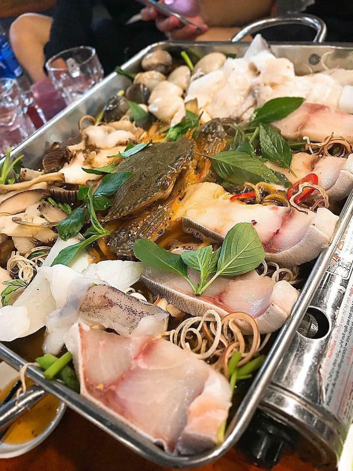 Lẩu hải sản