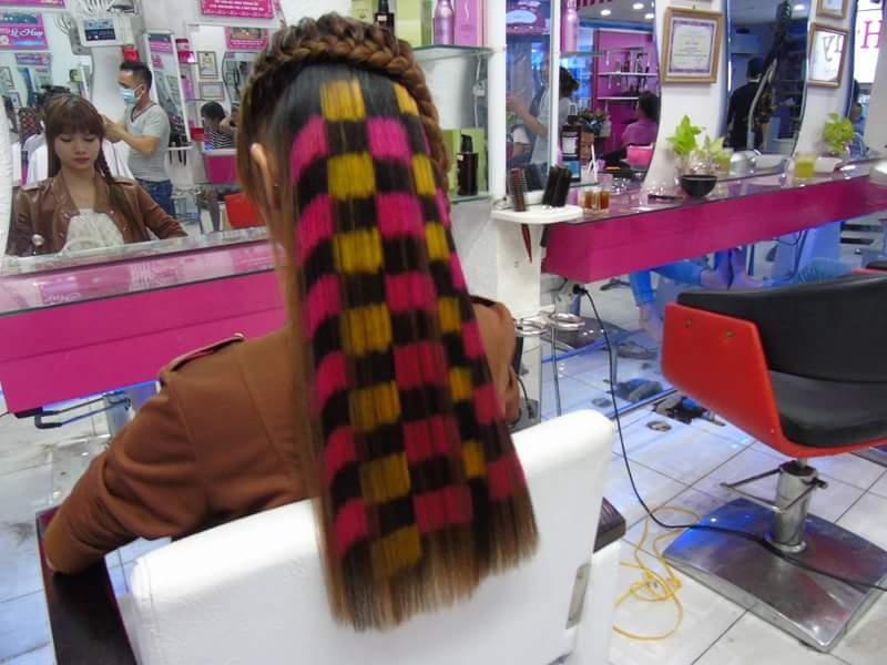 Dịch vụ nối tóc bằng sợi Fiberclass.