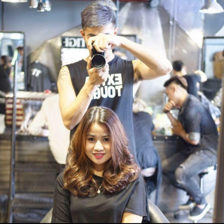 Hair Salon Long Hugo