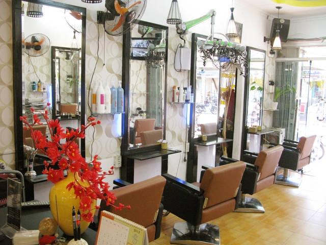 Không gian bên trong Hair Salon Minh Tuấn
