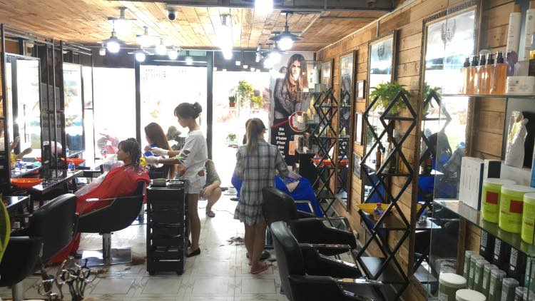 Hair Salon Quốc