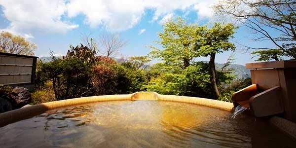Suối nước nóng Hakone Onsen ở Nhật Bản