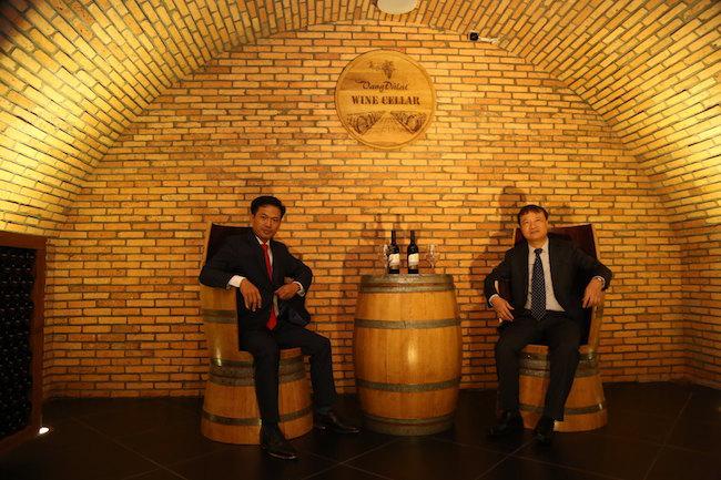 Hầm rượu vang Ladofoods