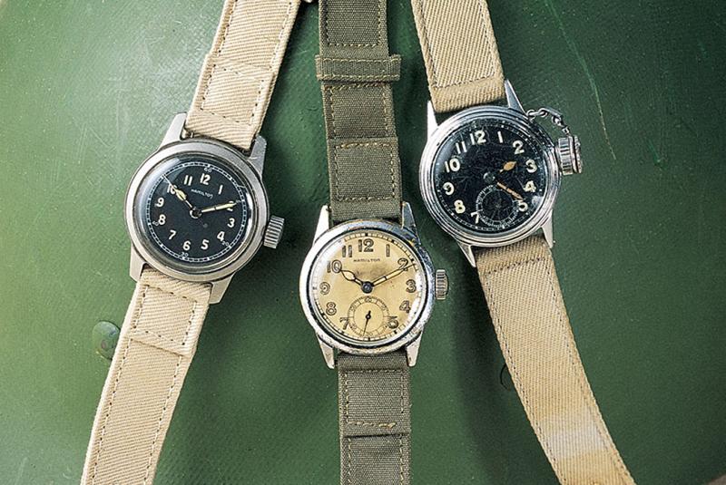 Từ những năm đầu thành lập, Hamilton đã nhận được sự tín nhiệm về độ chính xác của đồng hồ cho các ga tàu lửa tại Hoa Kỳ.