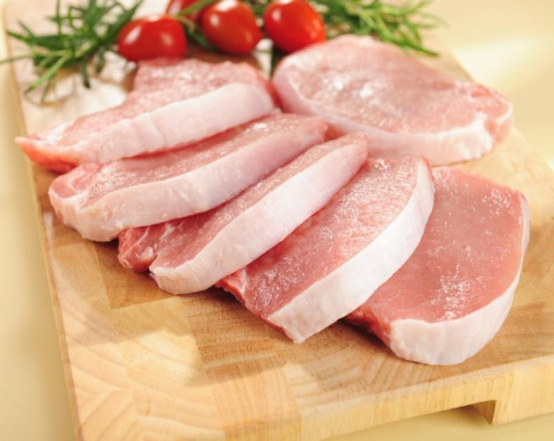 Thịt heo là loại thực phẩm chứa hàm lượng chất béo và cholesterol lớn.