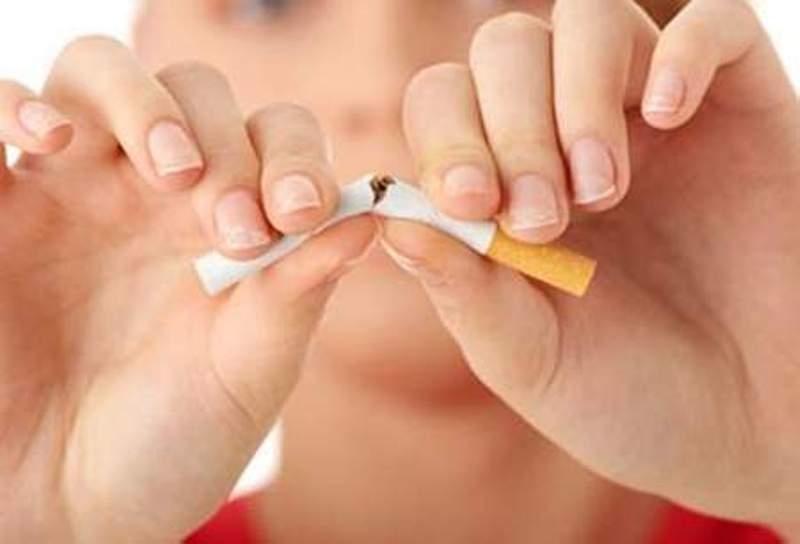Tránh xa thuốc lá vì chất nicotin trong thuốc là kẻ thù nguy hiểm của tinh trùng