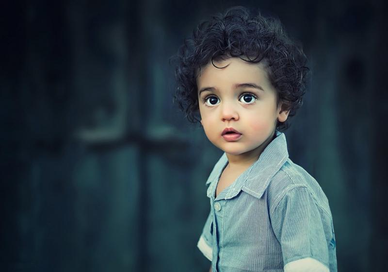 Bố mẹ cũng nên hạn chế việc đưa hình ảnh của con lên mạng, đặc biệt là hình ảnh lộ các bộ phận nhạy cảm của cơ thể