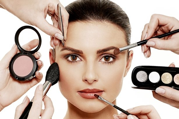 Hạn chế makeup