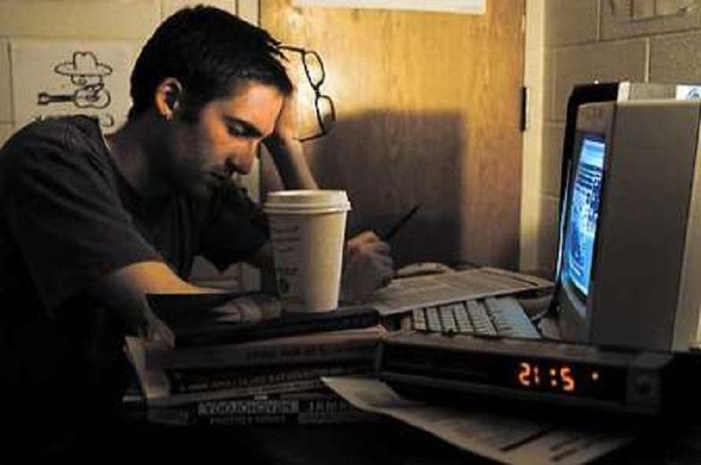 Hạn chế thức khuya