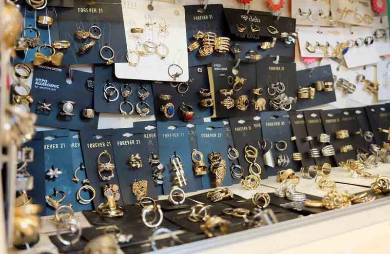 Thế giới phụ kiện ở Hanakotoba Shop