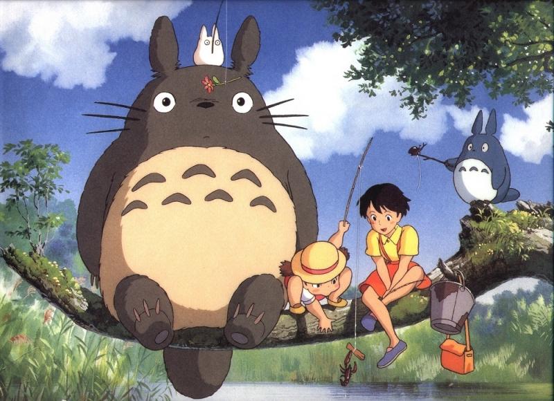 Totoro bên những người bạn nhỏ