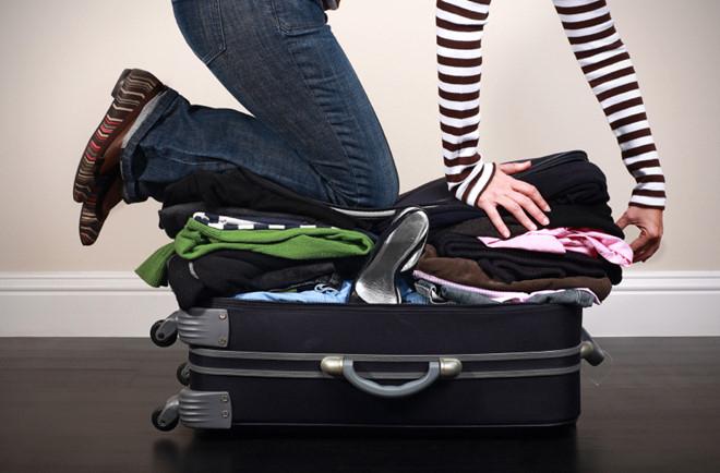 Tránh mang nhiều sẽ gây khó khăn cho việc di chuyển