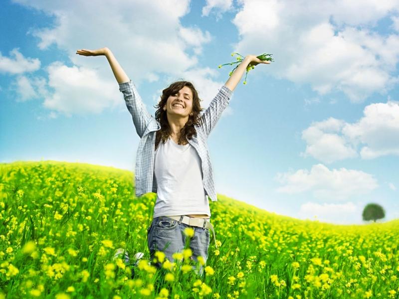 Hạnh phúc luôn là cái đích mà nhiều người hướng tới.