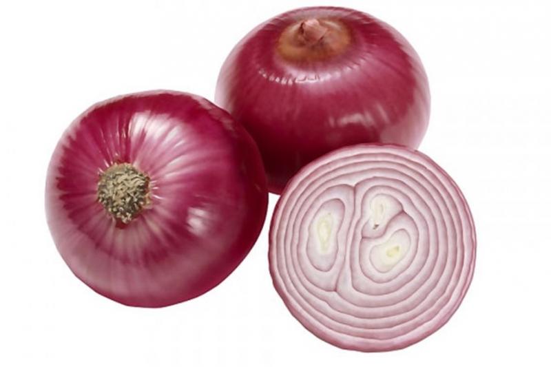 Hành tây đỏ có kích thước rất khiêm tốn nhưng lại rất hiệu quả trong việc phòng bệnh tim.