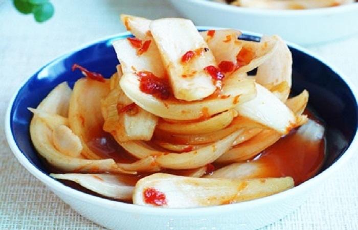 Hành tây muối chua ngọt