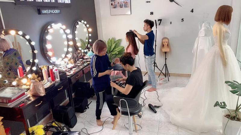 Hành Tây Makeup Acamedy