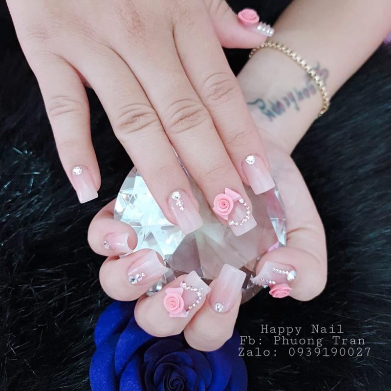 Happy Nails & Mi
