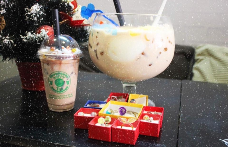 Thức uống tại Happy Tea 4