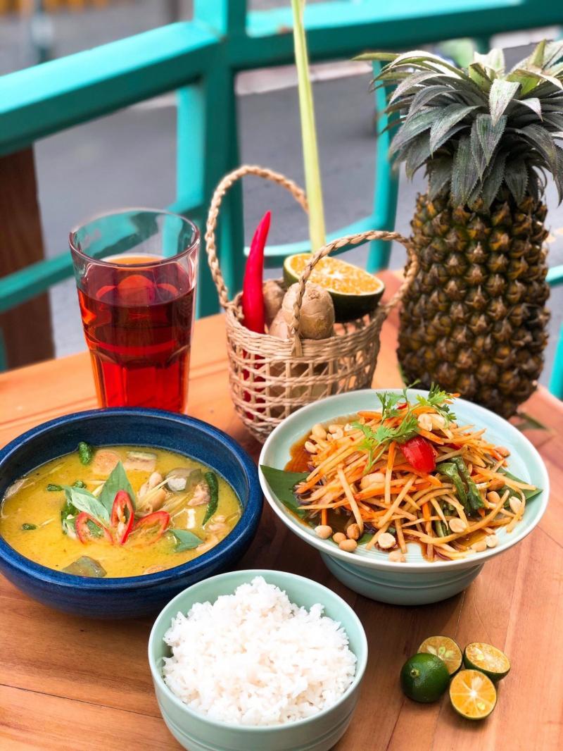 Happy Thai