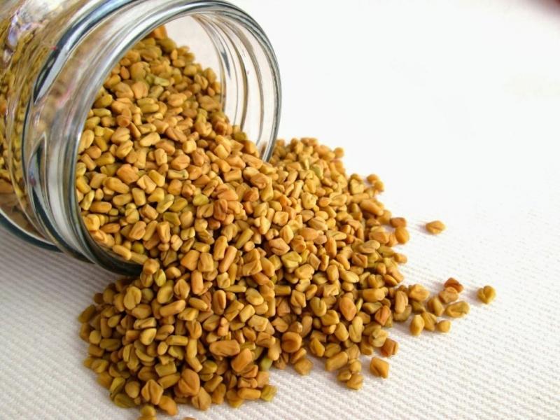Hạt cỏ cà ri giúp tăng kích thước vòng 1 và làm dày tóc