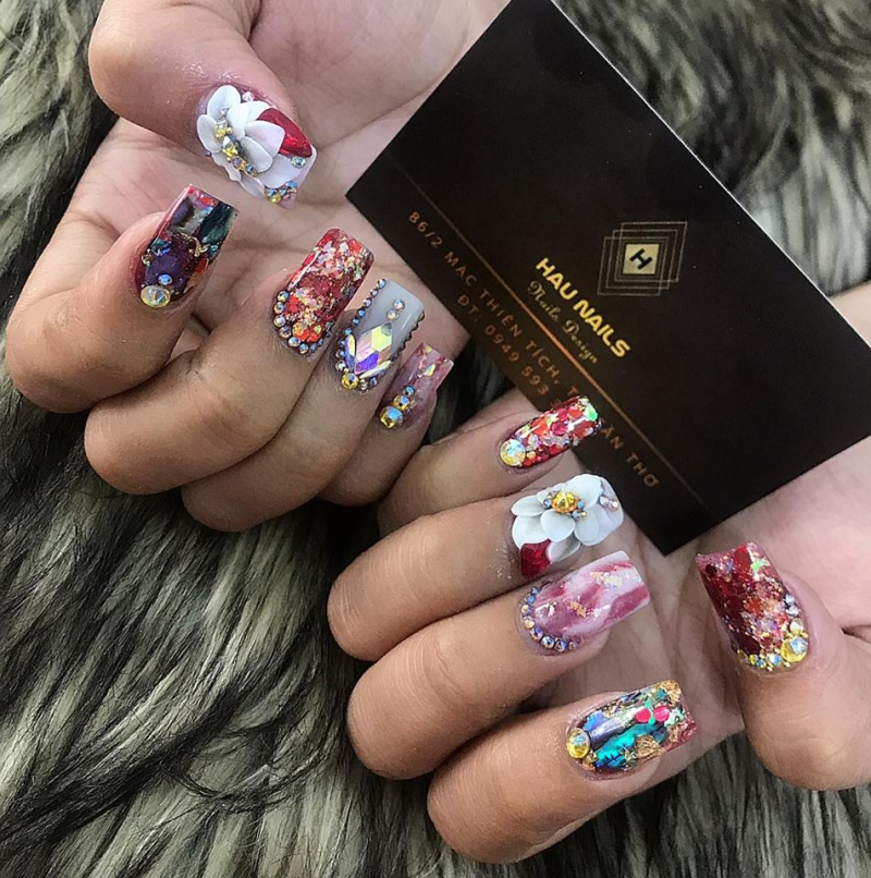 Hau Nails