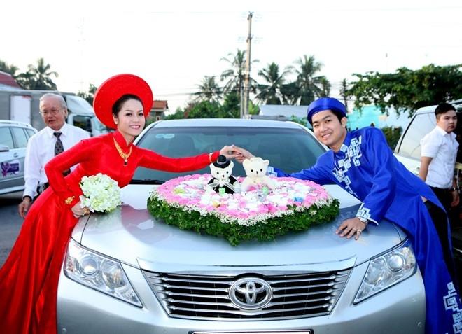 Phước Thái chuyên cung câp các loại xe cưới, xe du lịch