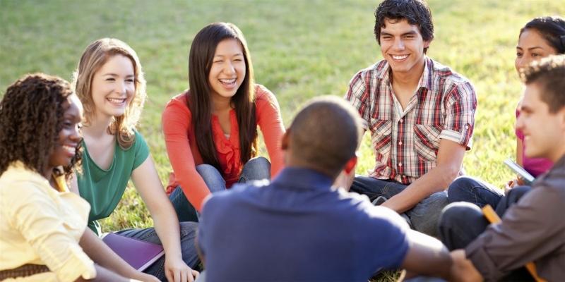 Học để giao tiếp không phải để lấy điểm cao