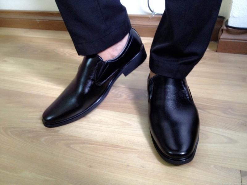 Để đôi giầy luôn sạch sẽ mỗi khi ra ngoài