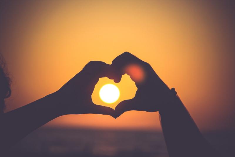 Tình yêu ở tuổi ô mai mang đến cho chúng ta những cảm xúc tuyệt vời