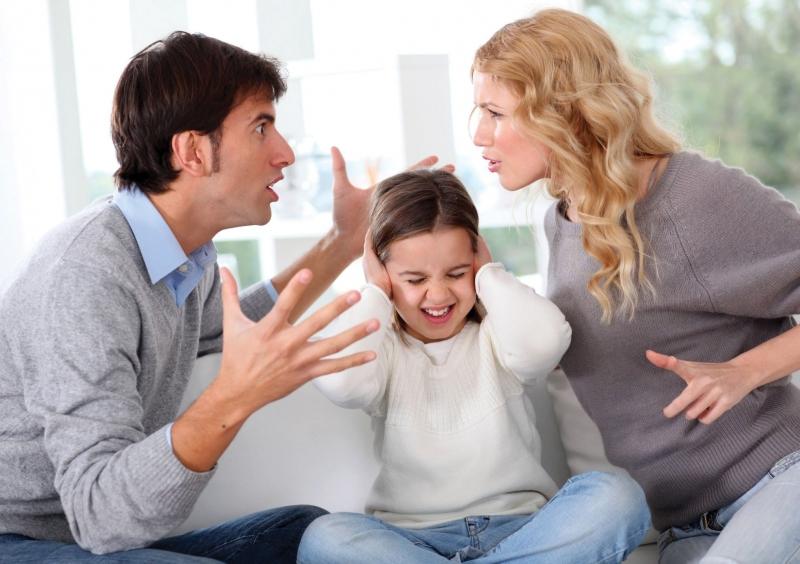 Biết xin lỗi cha mẹ khi làm sai