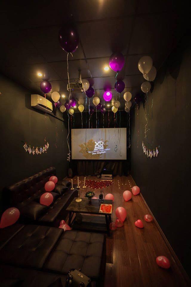 Không gian của một phòng phim tại HDBOX.VN Cafe