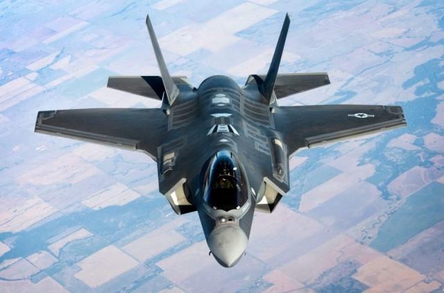 Hệ thống chiến đấu cơ Lockheed Martin's F-35 có giá 400 tỉ USD