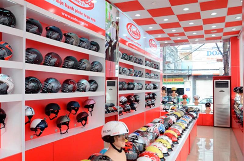 Cửa hàng bán mũ bảo hiểm Andes
