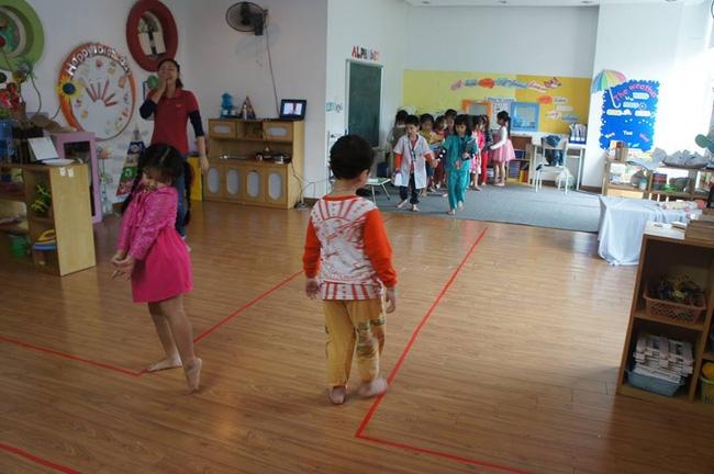 Trẻ nhỏ được tham gia vào các hoạt động