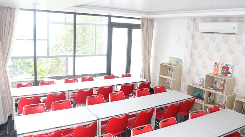 Khu học tập trung là nơi các em học sinh học tập và trao đổi, làm bài tập nhóm với bạn bè mỗi ngày