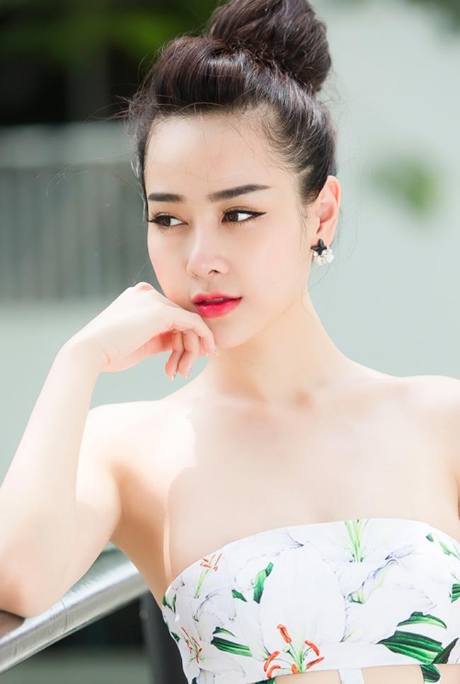 Hot girl xứ Cảng - Helen Thanh Thảo