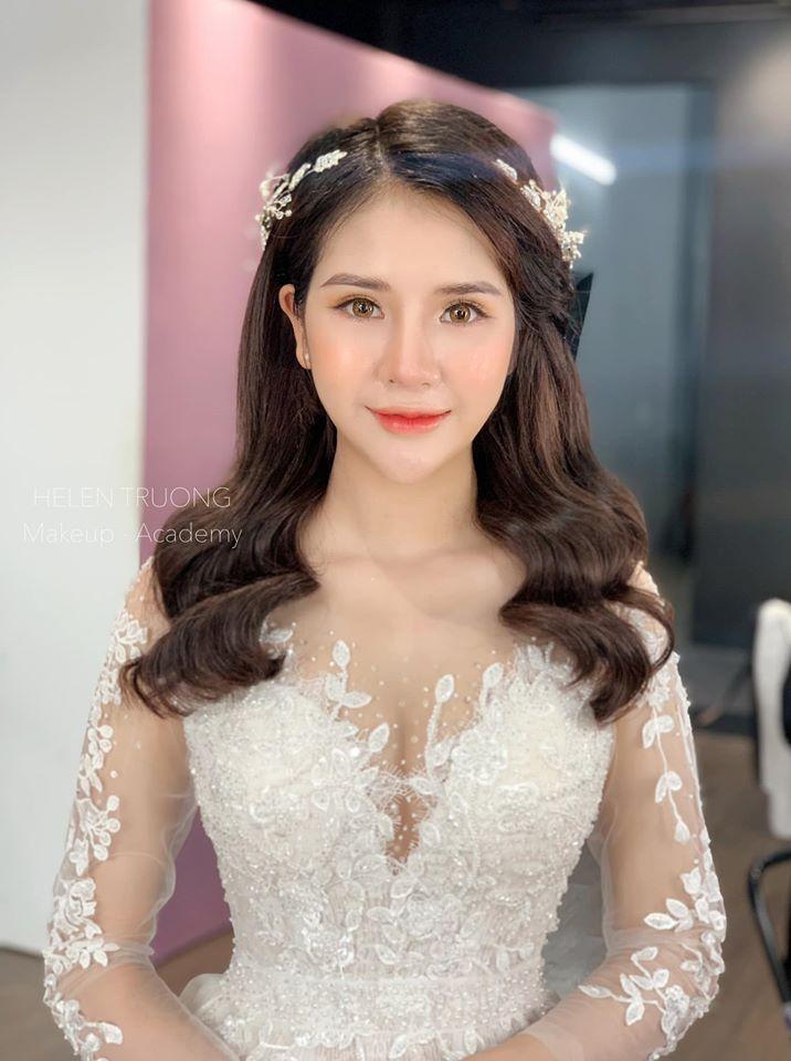 Helen Trương Makeup