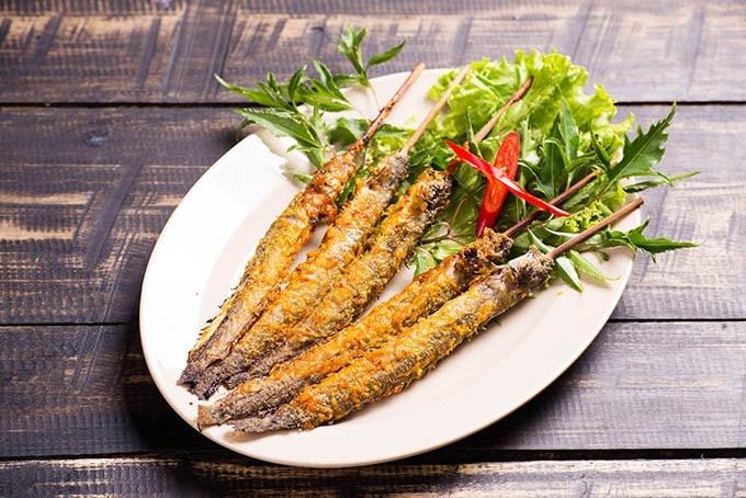 Hẻm Quán chuyên phục vụ ẩm thực Sài Gòn