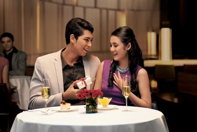 Nếu cả hai đều thích sự lãng mạn, tại sao không hẹn hò?