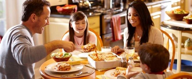 Hẹn hò ngày cuối tuần bên gia đình (Nguồn: phunuviet.net)