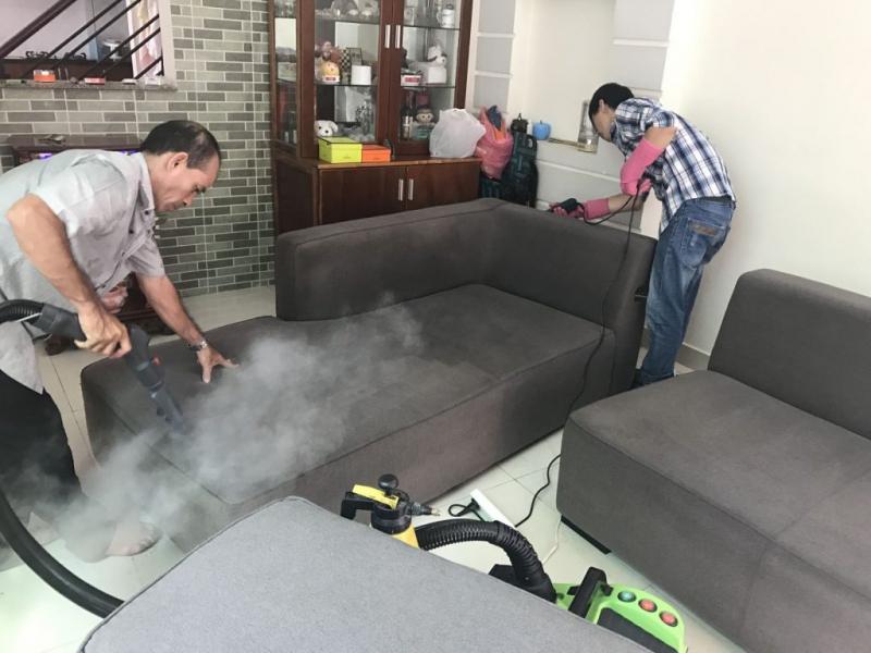 Nhận vệ sinh sofa tại nhà