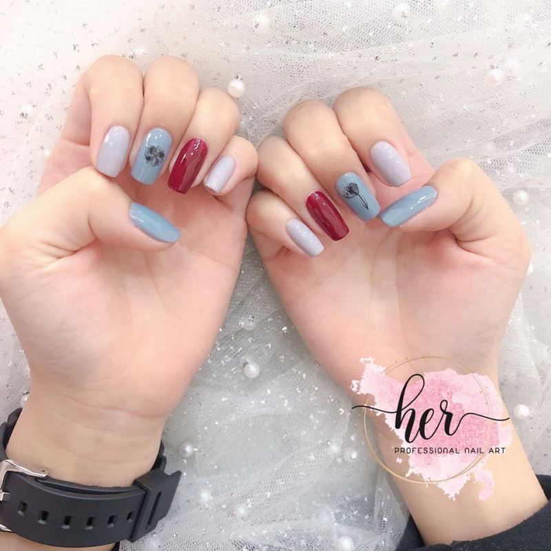 Her.nail
