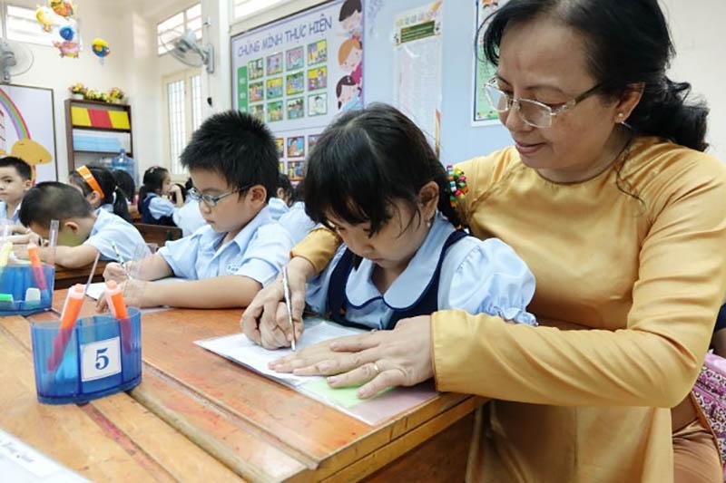 Đối với một người giáo viên thì đức tính hiền lành cũng rất quan trọng.